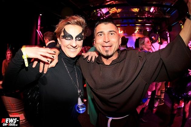 halle32_ue30-party_ntoi_karneval-im-gummersbach_2015_fastelove_08.jpg