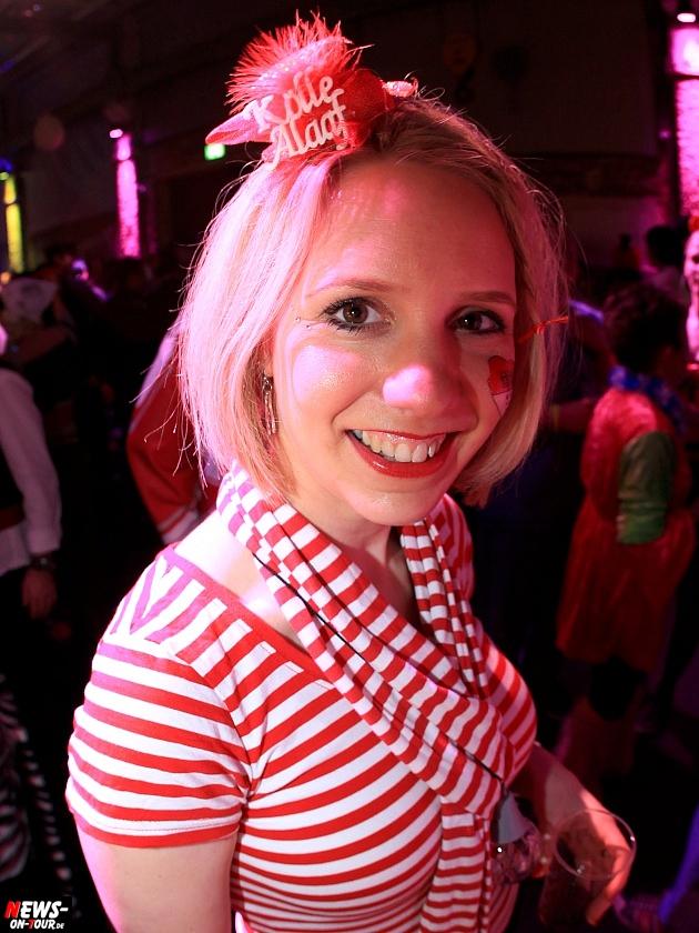 halle32_ue30-party_ntoi_karneval-im-gummersbach_2015_fastelove_21.jpg