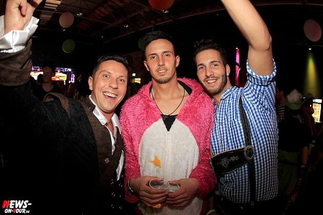 halle32_ue30-party_ntoi_karneval-im-gummersbach_2015_fastelove_23.jpg