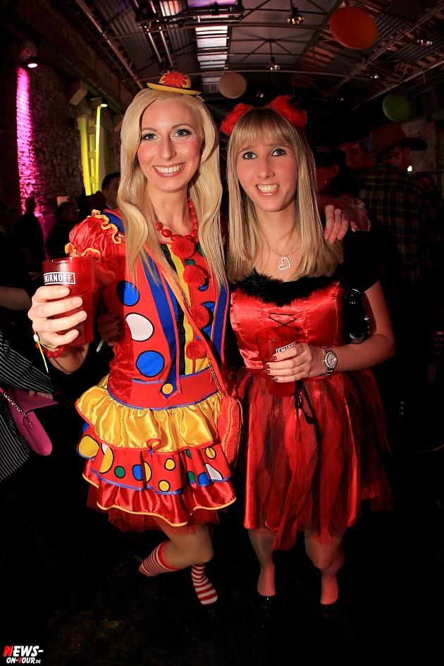 halle32_ue30-party_ntoi_karneval-im-gummersbach_2015_fastelove_27.jpg