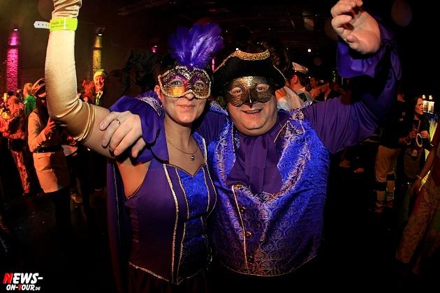 halle32_ue30-party_ntoi_karneval-im-gummersbach_2015_fastelove_31.jpg
