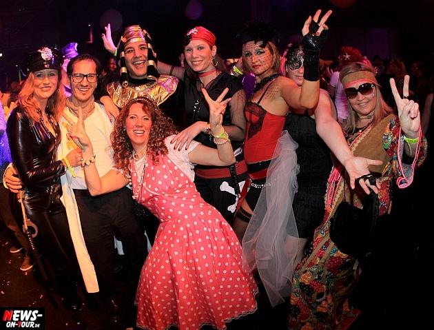 halle32_ue30-party_ntoi_karneval-im-gummersbach_2015_fastelove_33.jpg