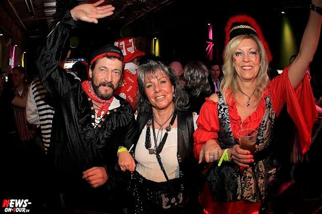 halle32_ue30-party_ntoi_karneval-im-gummersbach_2015_fastelove_39.jpg