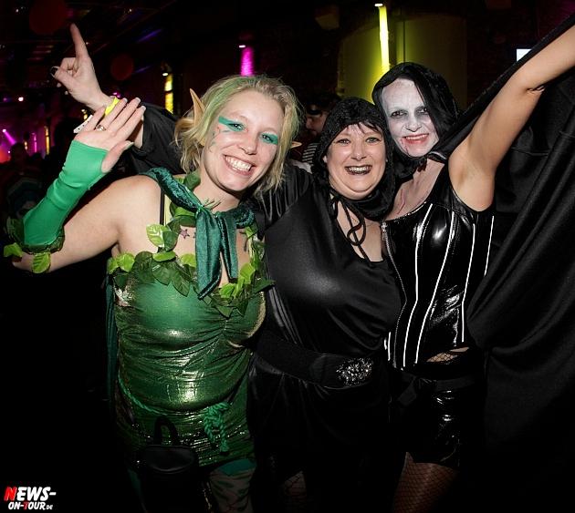 halle32_ue30-party_ntoi_karneval-im-gummersbach_2015_fastelove_45.jpg