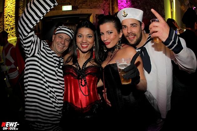 halle32_ue30-party_ntoi_karneval-im-gummersbach_2015_fastelove_46.jpg