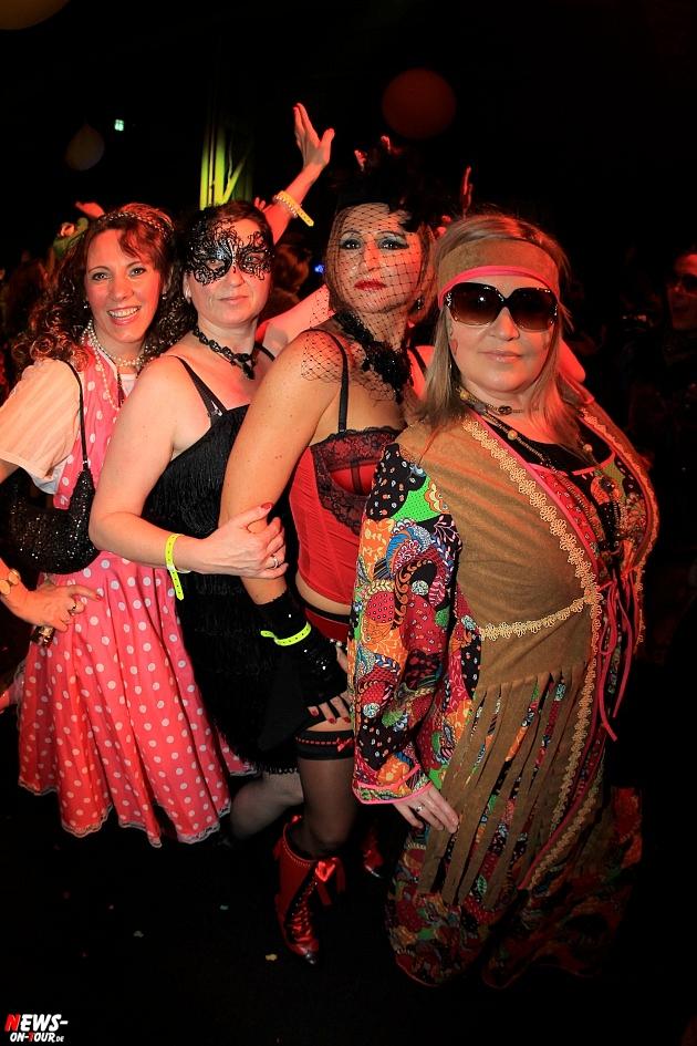 halle32_ue30-party_ntoi_karneval-im-gummersbach_2015_fastelove_55.jpg