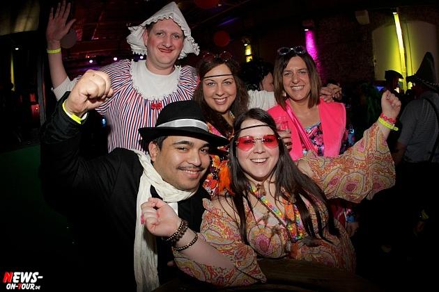 halle32_ue30-party_ntoi_karneval-im-gummersbach_2015_fastelove_60.jpg