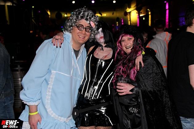 halle32_ue30-party_ntoi_karneval-im-gummersbach_2015_fastelove_73.jpg