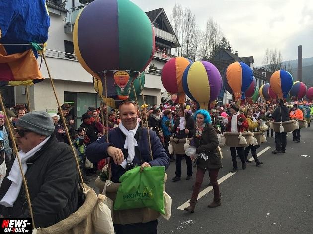 rosenmontagszug-engelskirchen-2015_ntoi_fastelove_karneval_20.jpg