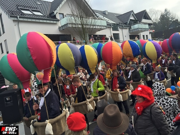rosenmontagszug-engelskirchen-2015_ntoi_fastelove_karneval_22.jpg
