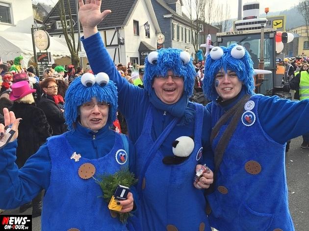 rosenmontagszug-engelskirchen-2015_ntoi_fastelove_karneval_40.jpg