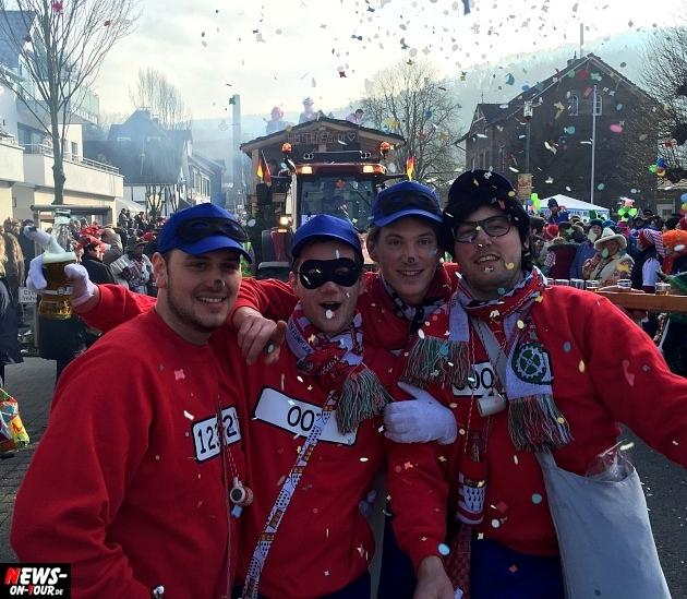 rosenmontagszug-engelskirchen-2015_ntoi_fastelove_karneval_50.jpg