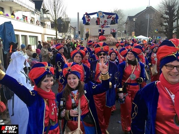 rosenmontagszug-engelskirchen-2015_ntoi_fastelove_karneval_67.jpg