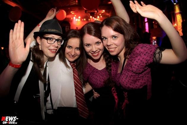 weiberfastnacht_2015_ntoi_halle32_26_karneval_oberberg