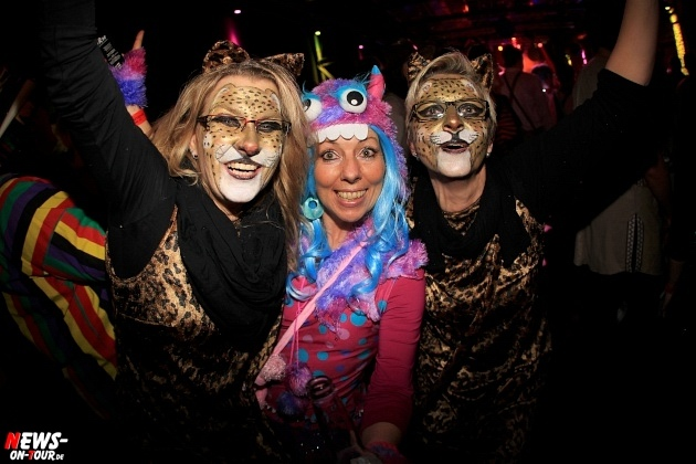 weiberfastnacht_2015_ntoi_halle32_30_karneval_oberberg