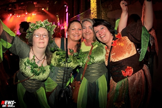 weiberfastnacht_2015_ntoi_halle32_31_karneval_oberberg