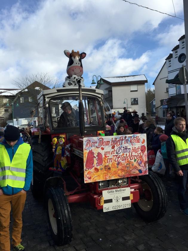wkv_karneval_waldbroel_ntoi_karnevalszug_23.jpg