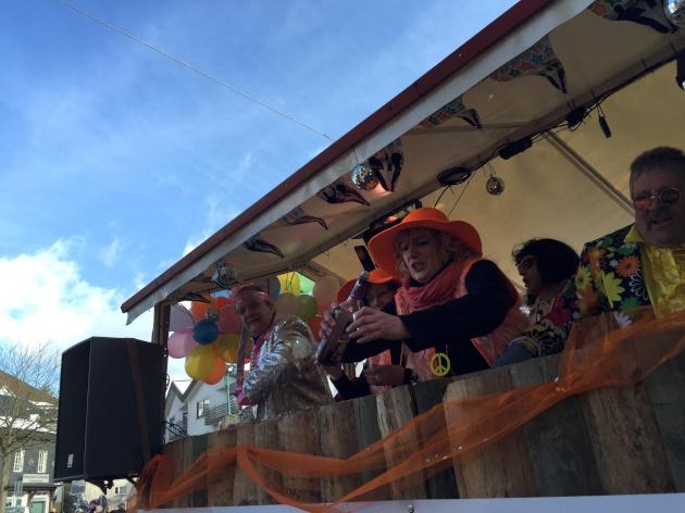 wkv_karneval_waldbroel_ntoi_karnevalszug_39.jpg