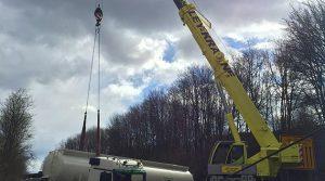 PKW Fahrer (61) fährt frontal in einen Tanklastzug. Lebensgefährlich verletzt!! | 2x Videos | Oberberg – Reichshof – Sengelbusch