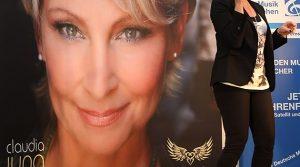 Claudia Jung: Seitensprung JA! Geschenke NEIN! Starallüren einer Schlager Diva | Gummersbach