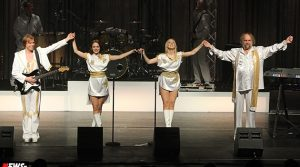 Swedish Legends – The ABBA Tribute Show! Riesen Stimmung mit HARPO ´Moviestar´ | Die Bilder! aus dem Theater Gummersbach