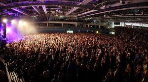 Dat is geil! Vom Handballtempel zur Konzert Arena! 4.000 feierten BRINGS in der Gummersbacher SCHWALBE Arena | Mit TV-Beitrag!