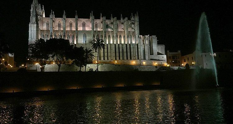 Palma: Kathedrale La Seu! Das Wahrzeichen Mallorcas | Mit HD-Video