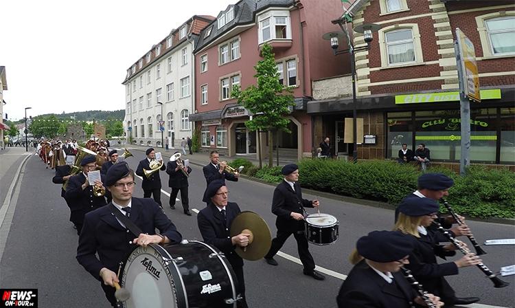 schuetzenfest_11_bergneustadt_2015_ntoi_ein-abmarsch-der-kompanien