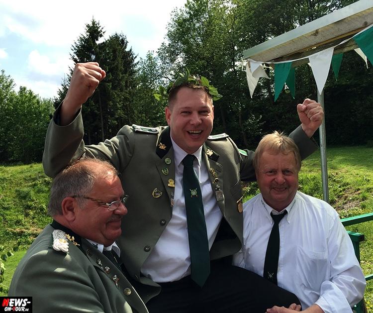 schuetzenkoenig-bergneustadt_2015_ntoi_mail-kron_01
