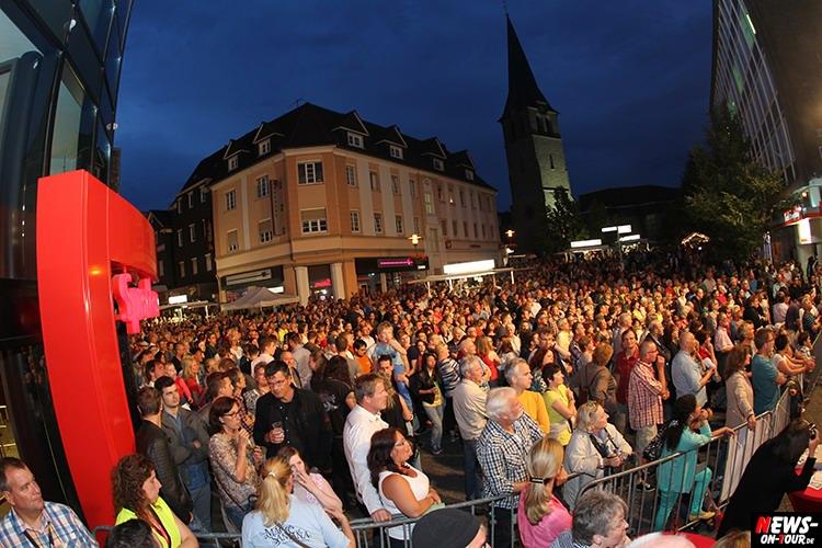 lindenplatz-open-air_2015_04_ntoi_magic-of-santana_2015_06-26