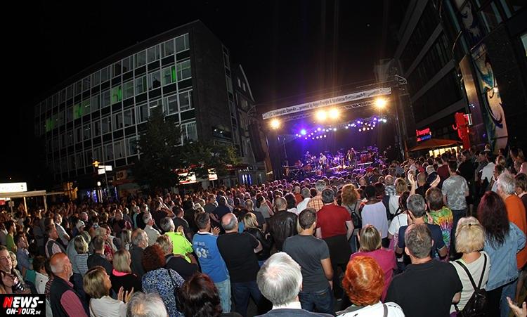 lindenplatz-open-air_2015_26_ntoi_magic-of-santana_2015_06-26