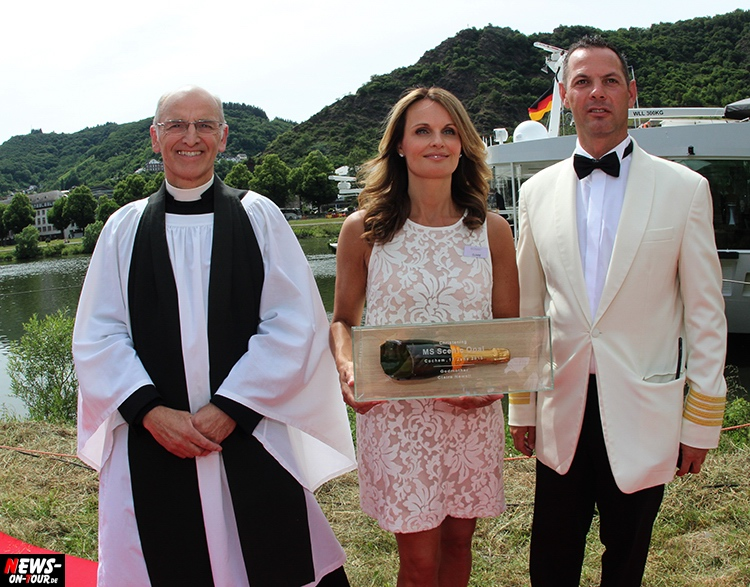 scenic-opal_02-launching-ceremony_cochem-germany