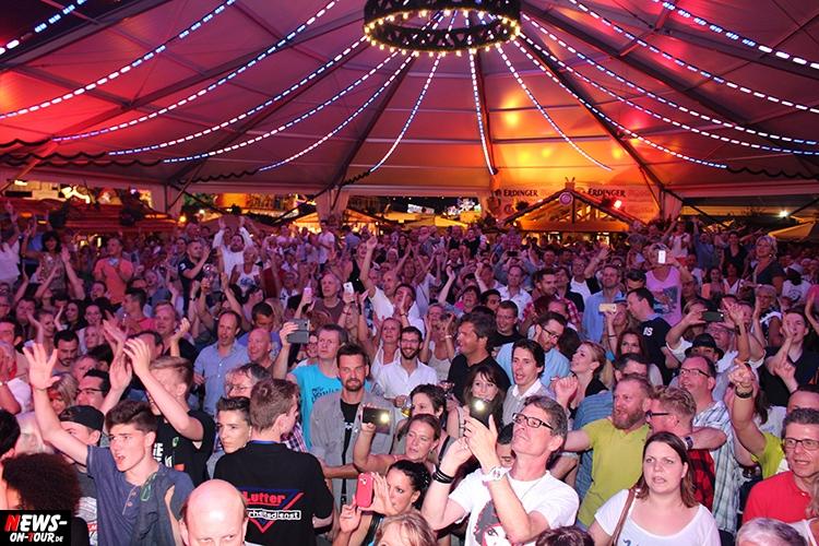 2015-07-21_alpenwelt_02_festzelt-der-stars_duesseldorf-kirmes