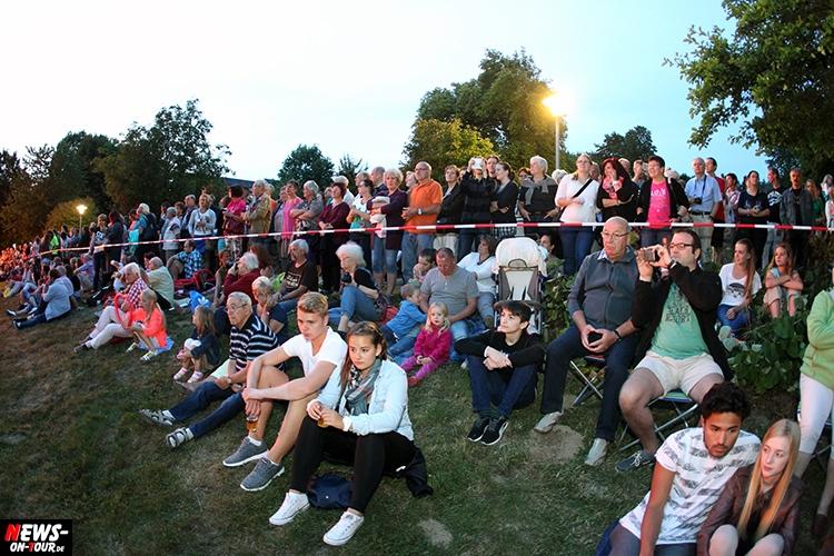 2015_07-11_nuembrecht_05_ntoi_lichterfest_kurpark_ballon-gluehen
