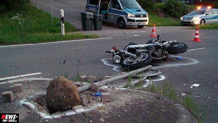 gummersbach-froemmersbach_ntoi_03_unfall-pferd-motorrad