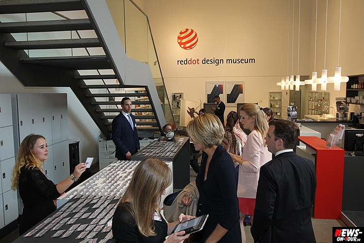 2015_09-14_tic_11_ntoi_travel_award-manager_essen_red-dot_museum_travel-industry-club