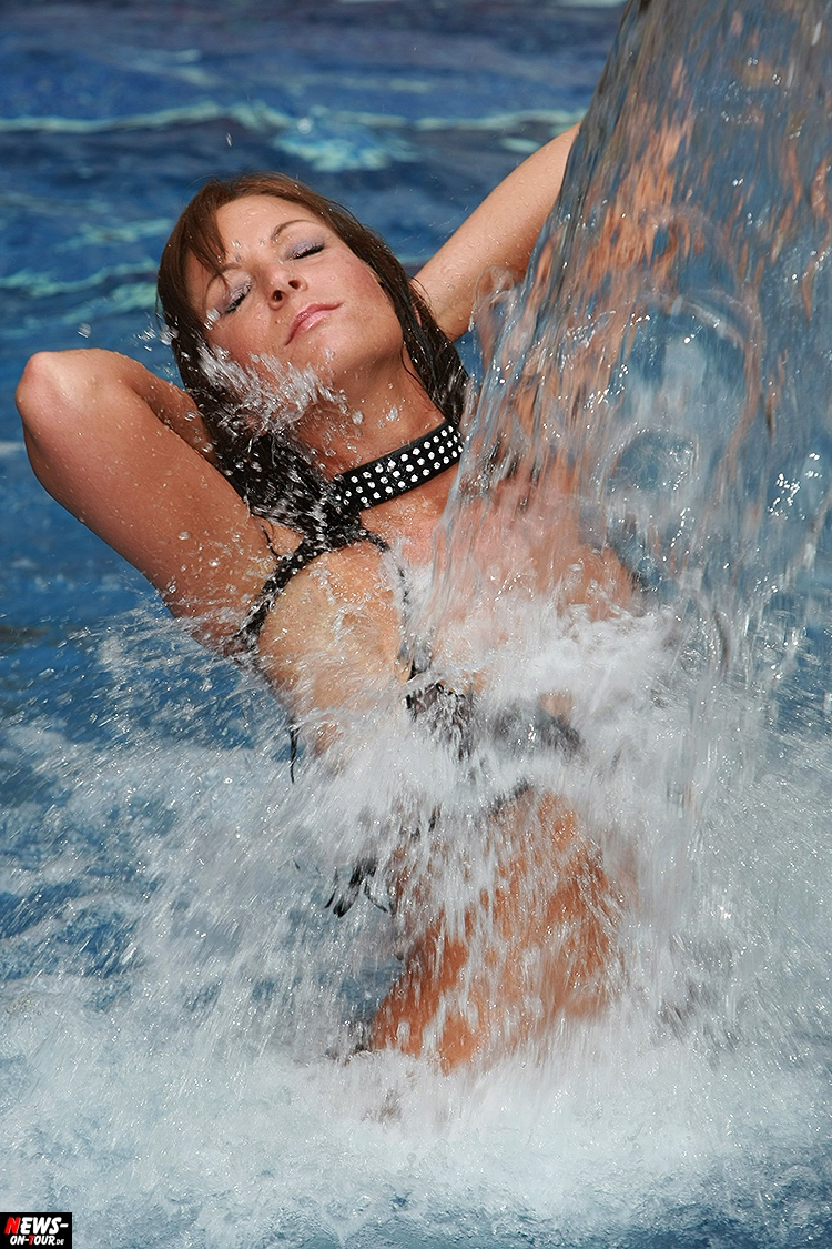 mallorca_ballermann_07_ntoi_sexy_hot_bikini-girls_models_megapark_megaarena