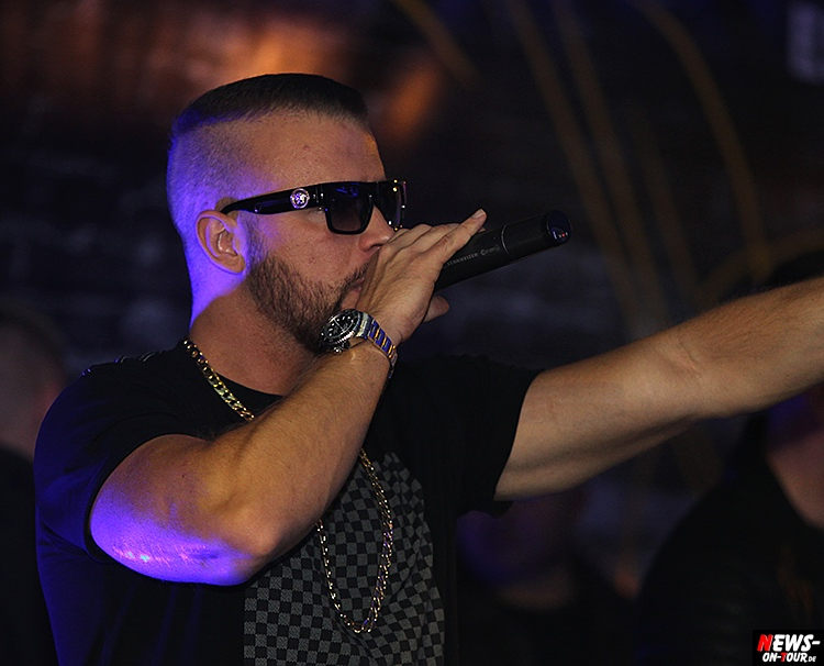 2015_11-20_kollegah_02_live-on-stage_rap_ntoi_disco-yellow-edition-2