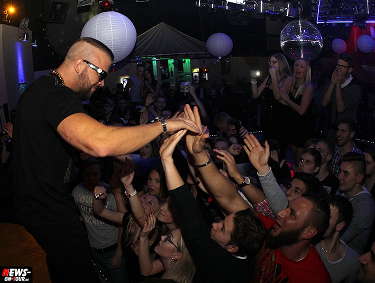 2015_11-20_kollegah_03_live-on-stage_rap_ntoi_disco-yellow-edition-2