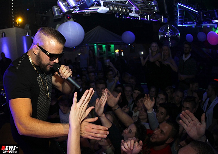 2015_11-20_kollegah_07_live-on-stage_rap_ntoi_disco-yellow-edition-2