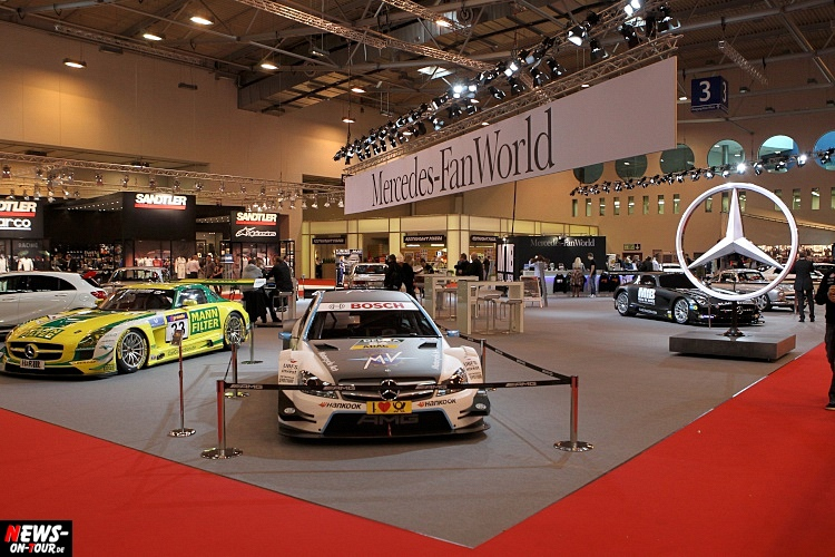 ems_2015_ntoi_02_essen-motor-show_girls_ps