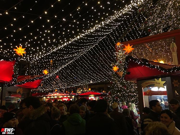 2015-11-28_ntoi_07_koeln-weihnachtsmarkt-am-koelner-dom_markt-der-engel_neumarkt