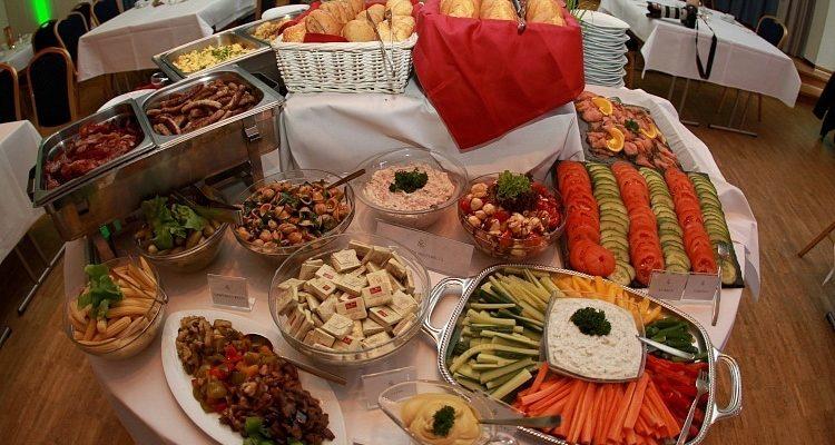 Eine Frühstücksnation: Deutsche frühstücken gern, aber unterschiedlich Fünf Frühstücks-Typen in Deutschland