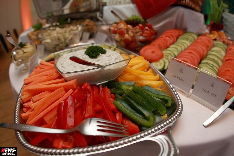 hzpw_ntoi_13_brunch_all-you-can-eat-hotel-zur-post-wiehl
