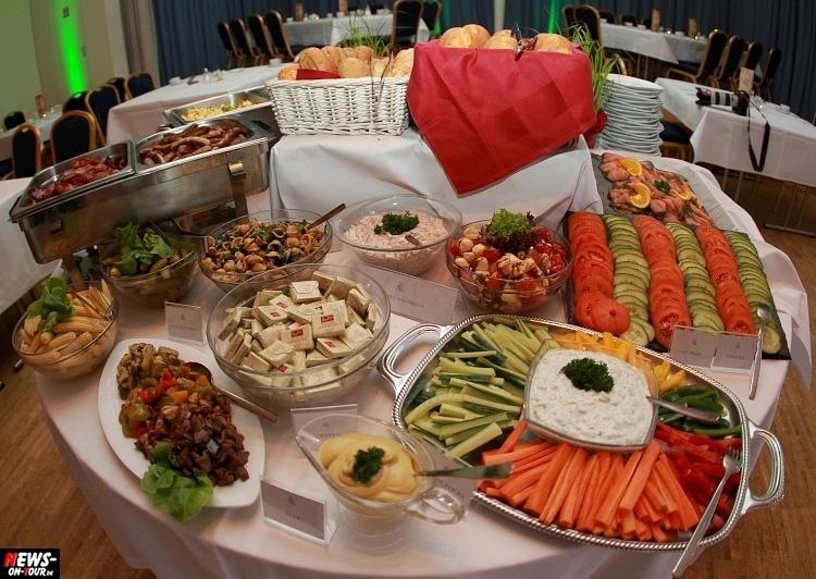 hzpw_ntoi_33_brunch_all-you-can-eat-hotel-zur-post-wiehl