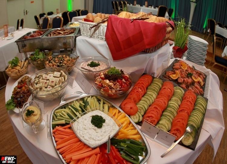 hzpw_ntoi_34_brunch_all-you-can-eat-hotel-zur-post-wiehl