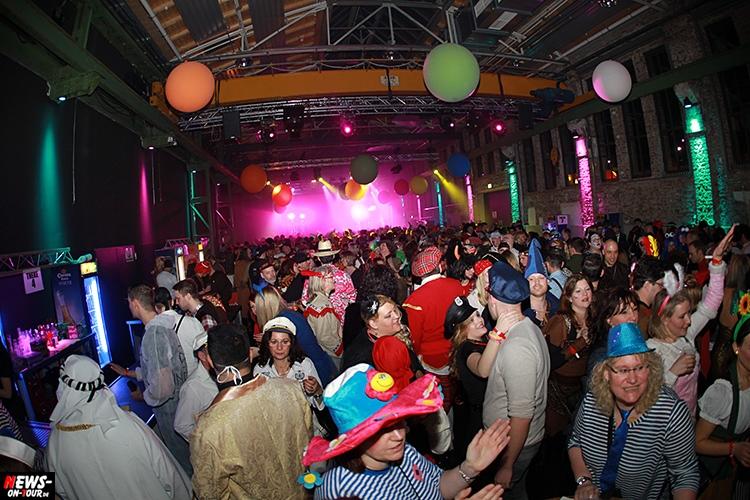 2016-02-06_ntoi_03_ue30-karnevals-party_halle32_gummersbach