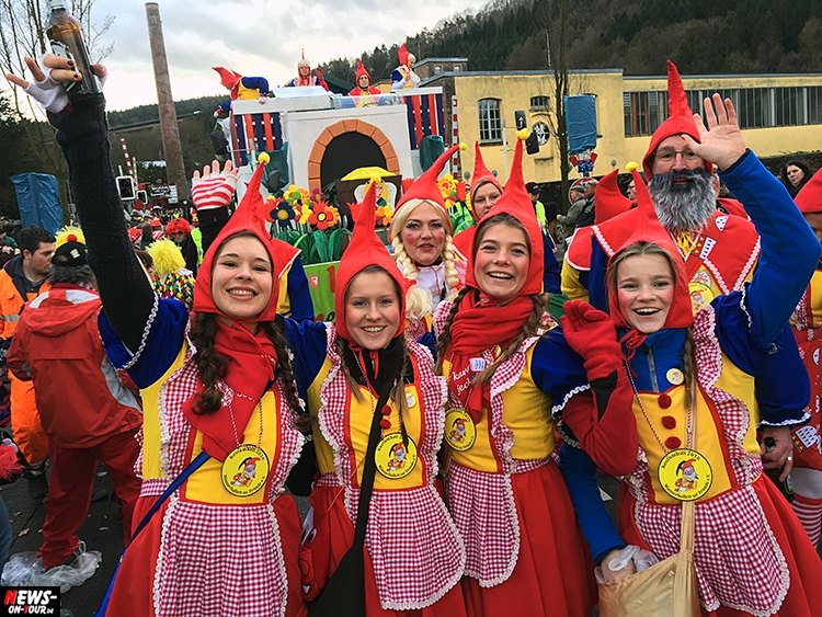 2016_02-08_ntoi_03_rosenmontagszug_engelskirchen_karneval