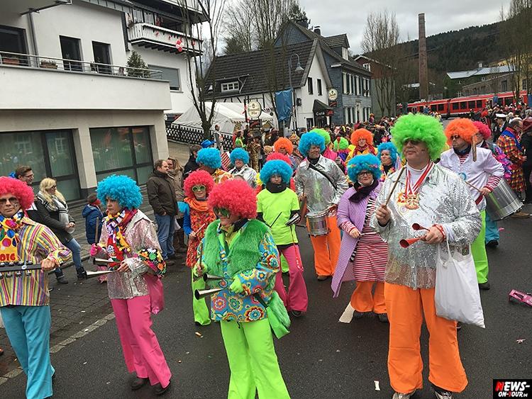2016_02-08_ntoi_28_rosenmontagszug_engelskirchen_karneval