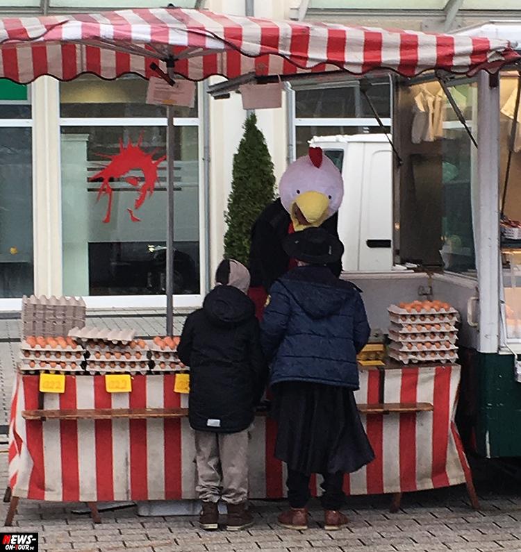 huhn-verkauft-eier-auf-dem-markt_ntoi_bergneustadt